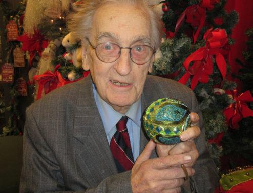 Bill Hixson sells the joy of holiday memories